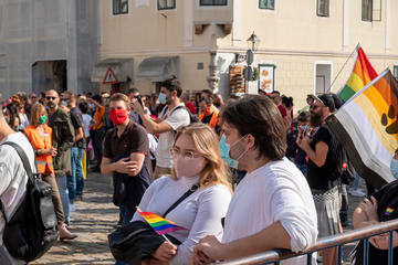 Alcuni partecipanti al Pride 2020 a Zagabra - © fLokii/Shutterstock