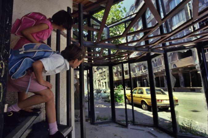 Sarajevo, bambini in guerra, 1994 foto © Mario Boccia