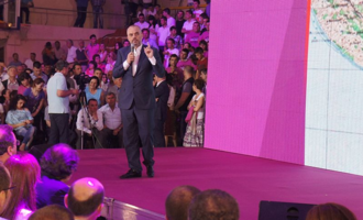 Valona, ​​Edi Rama speaks to Socialist Party voters - Photo: CC BY 3.0, Wikimedia