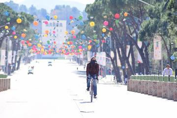Tirana - foto di Nensi Bogdani (su sua gentile concessione)