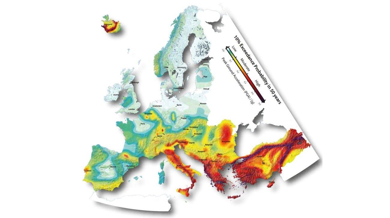 Carta del rischio sismico in Europa  (progetto SHARE, 2013)