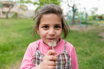 Bambina al Centro di Zatik a Yerevan - Foto Onnik Krikorian
