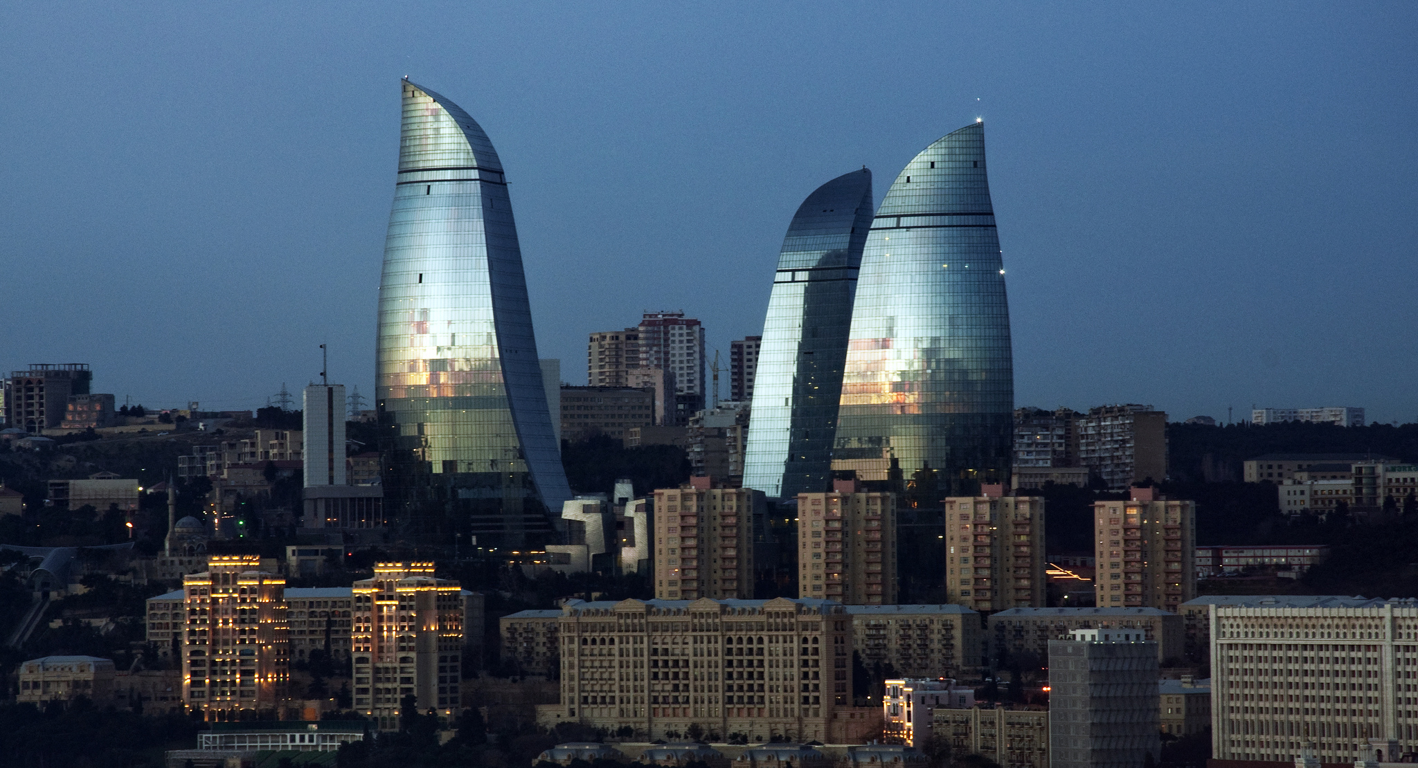 Baku, le Flame Towers (Foto wilth, Flickr)