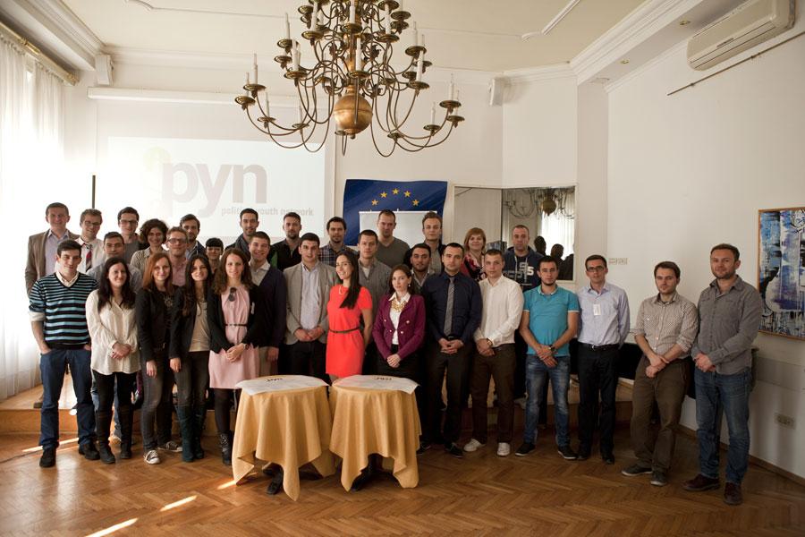 Il gruppo della Rete a Zagabria durante il primo incontro (foto Bojan Mrđenović)