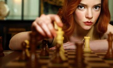 """L'attrice Anya Taylor-Joy in """"La regina degli scacchi"""" NETFLIX"""
