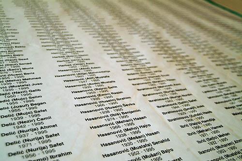 Il centro per l'identificazione degli scomparsi a Tuzla (Foto Gughi Fassino)