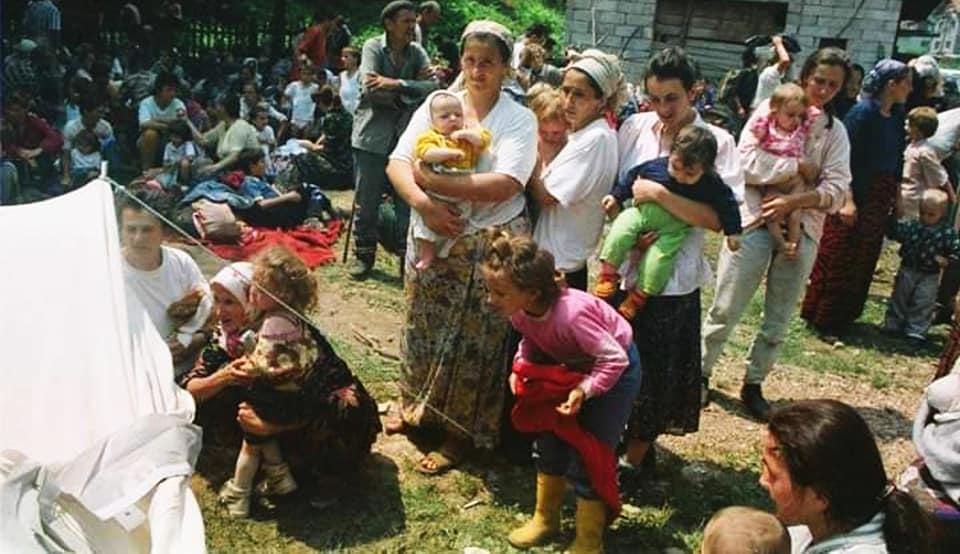 Selma Musić in Kladanj, July 1995 - Photo Ahmet Bajrić Blicko