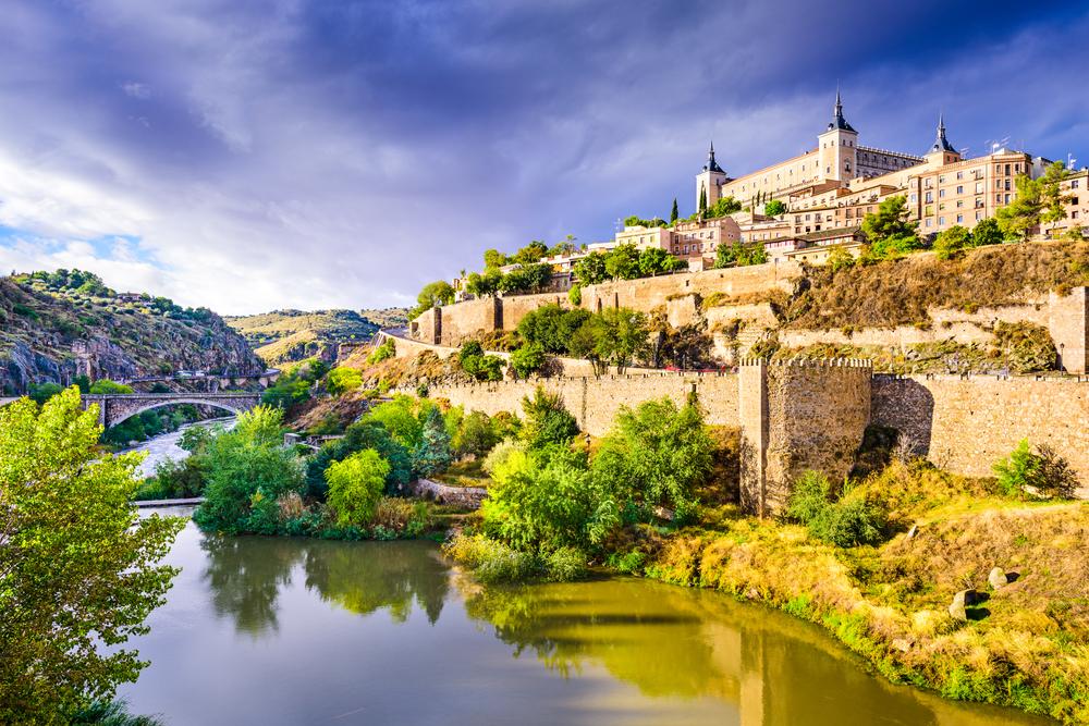 Toledo, la città vecchia (foto © Sean Pavone/Shutterstock)