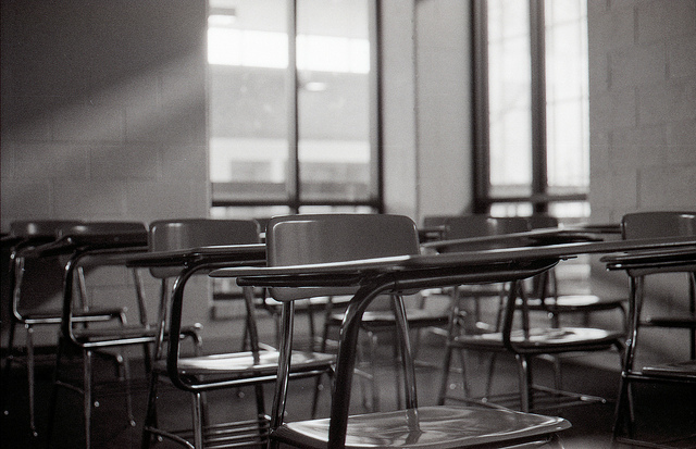 Empty classroom (foto Don Harder)