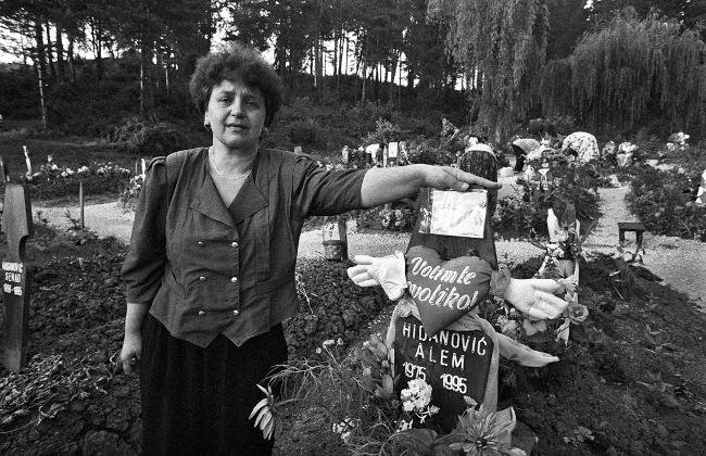 Cimitero di Tuzla 1995 - © Mario Boccia