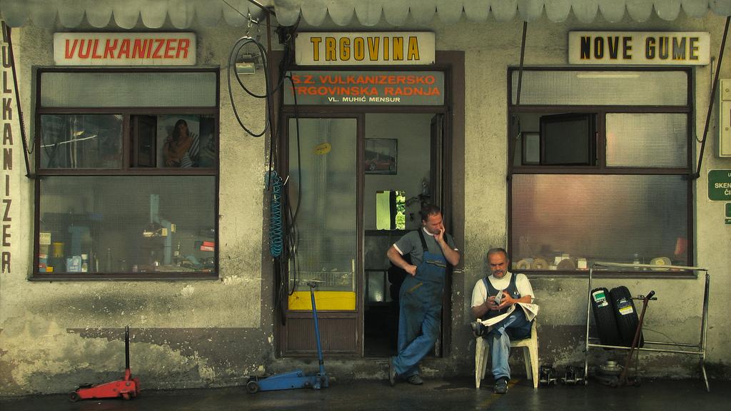 Nove gume - Sarajevo (foto  Anthony Guennegou)