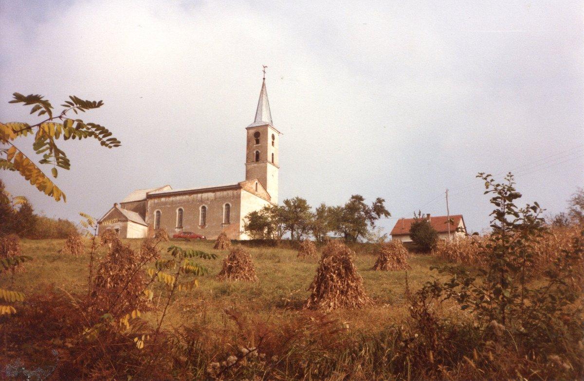 La chiesa di Mahovljani (foto gentilmente concessa da Paolo Perotto, ricercatore della storia trentino-bosniaca e custode della memoria dei trentini da Mahovljani)