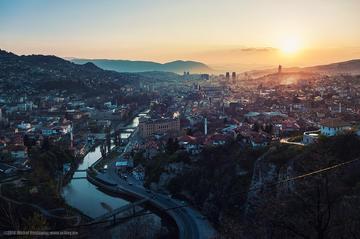 Sarajevo al tramonto (foto Michał Huniewicz)