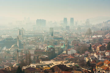 Una veduta aerea di Sarajevo (© Zlatan Spahic/Shutterstock)