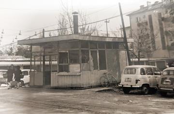 Kiosk za prodaju ćevapa koji je Đovani Klaser otvorio 1970. a zatvorio 1974. kada je otišao u penziju