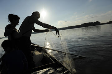 Fishermen on the Danube (Photo F. Martino)