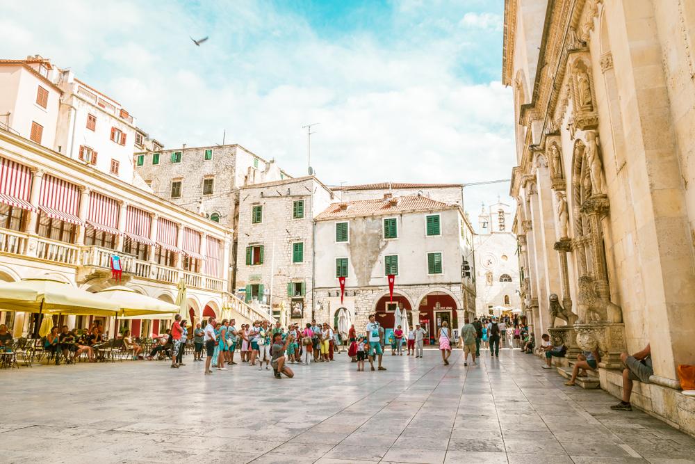 Il centro storico di Sebenico (foto di fokke baarssen/shutterstock)