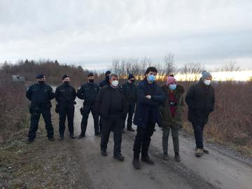 MEPs on the border with the Croatian police (photo © N. Scavo)