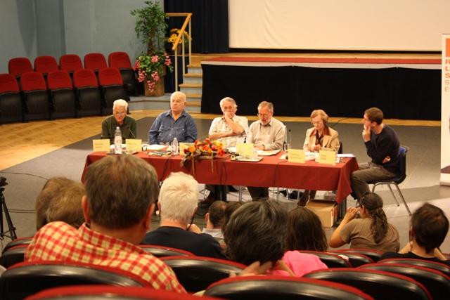 Un'immagine della conferenza (foto http://www.rosalux.rs)