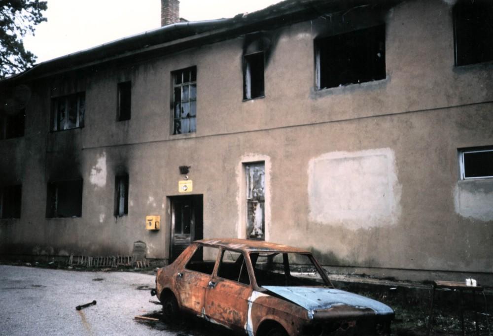 Krajina, distruzione - Archivio Operazione Colomba.jpg