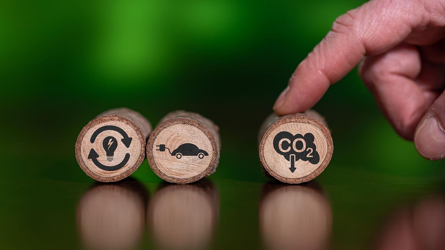 Rappresentazione grafica di riduzione delle emissioni di Co2 © thodonal88/Shutterstock