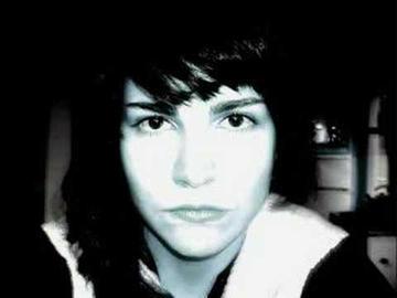 Tusia Beridze, frame da un videocllip del 2007