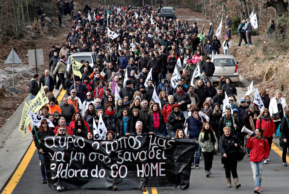 """Proteste contro la """"El Dorado Gold"""" - Alexandros Michailidis/shutterstock"""