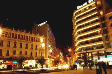 Atene di notte