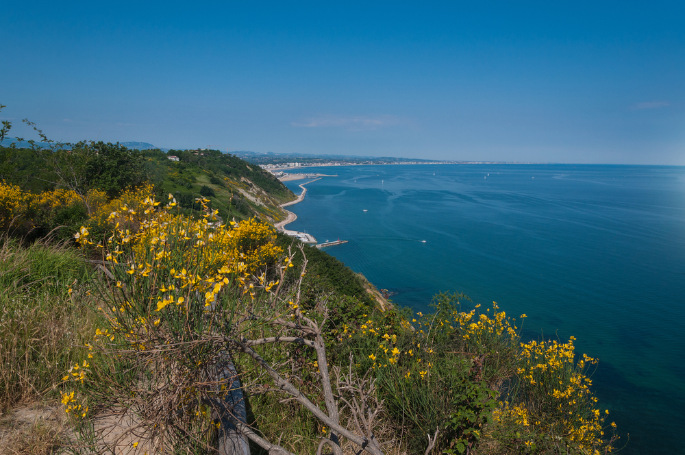 Una veduta di Gabicce Mare (© Massimo Campanari/Shutterstock)