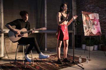 Dua Lipa in concert, Justin Higuchi/flickr