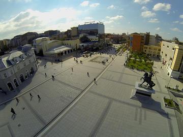 Pristina, piazza Skanderbeg