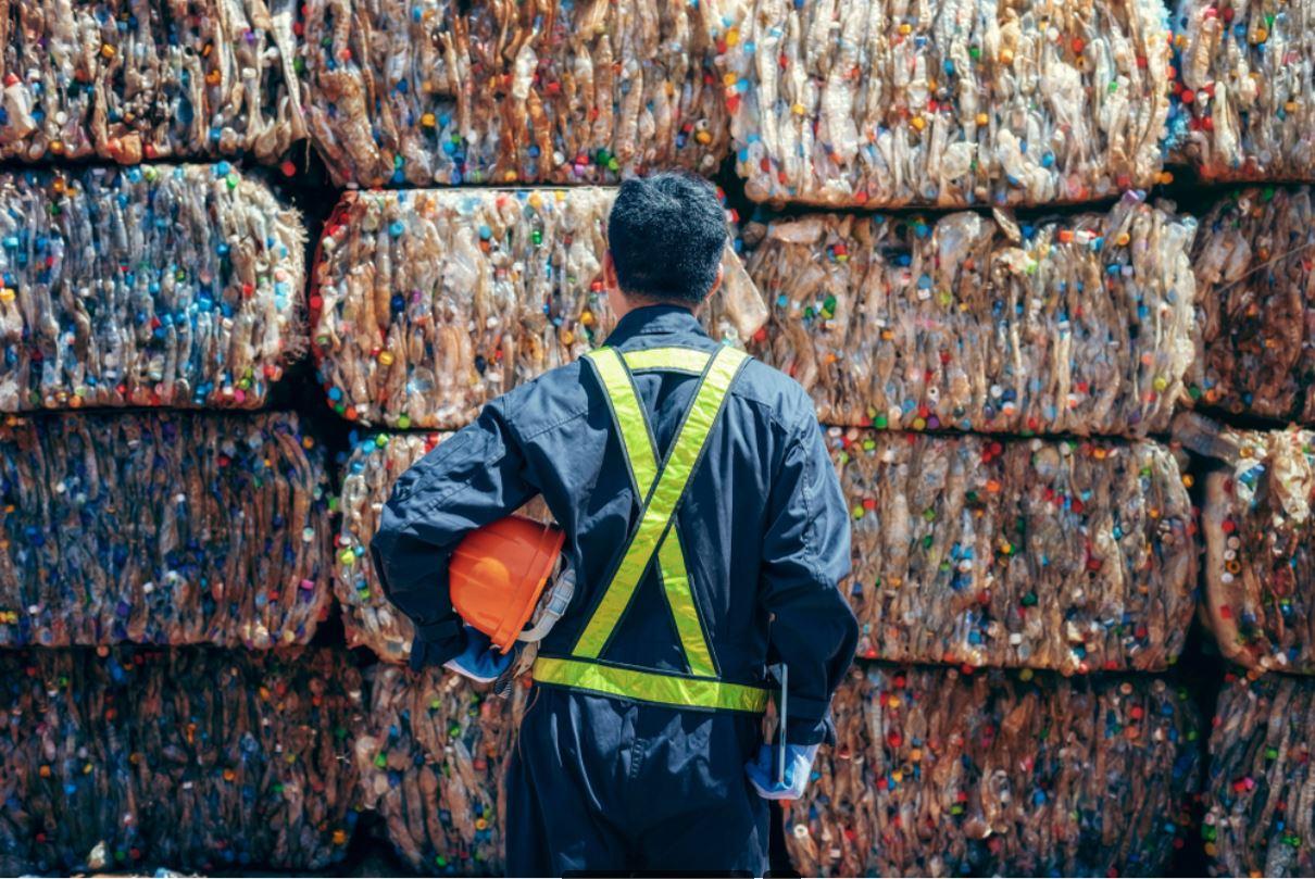Plastic bottles in the recycling industry - © Chanchai phetdikhai/Shutterstock