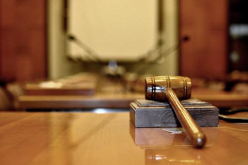 Dal giudice (ssalonso/flickr)