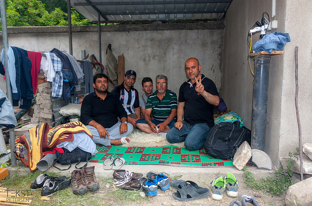 Migranti a Kumanovo - (TekstPetersen/flickr)