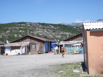 Campo di Konik (foto Balkan Insight)