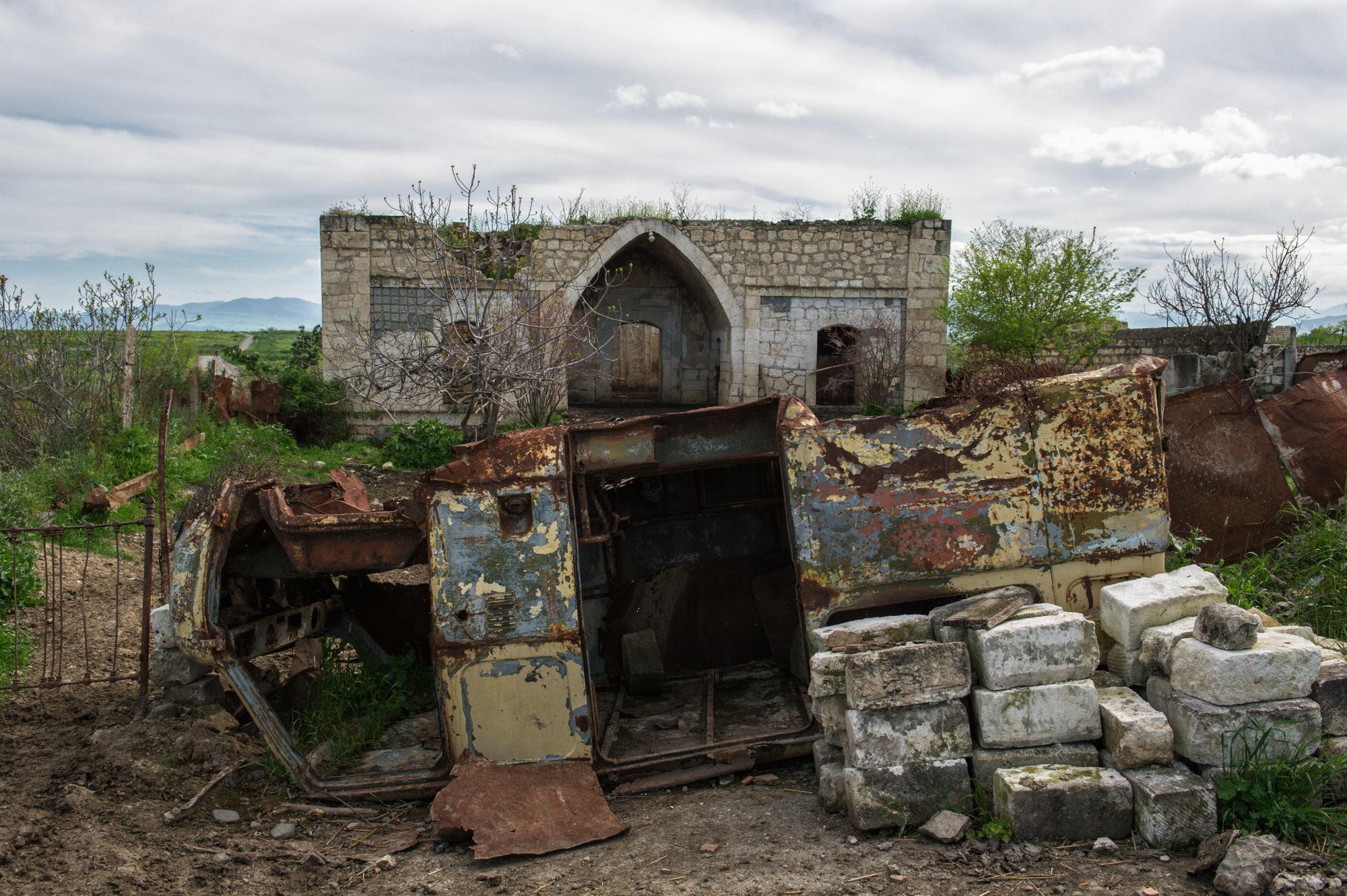Rovine della città d Agdam nel 2015