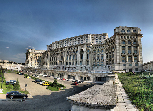 Bucarest, il parlamento (Foto Panoramas, Flickr)