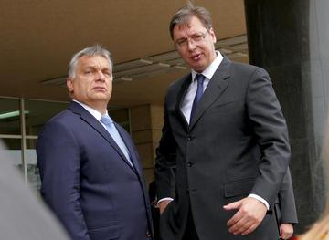 Il presidente ungherese Viktor Orbán assieme a quello serbo Aleksandar Vučić nel 2016 (© Golden Brown / Shutterstock.com)