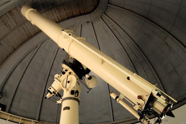 Large refractor telescope  (Snežana Negovanović, 2008)