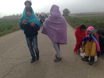 The march towards the Berkasovo crossing point (Foto AOR)