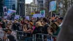 Manifestazione ambientalista a Belgrado dello scorso aprile (© Stefan Milivojevic/Shutterstock)