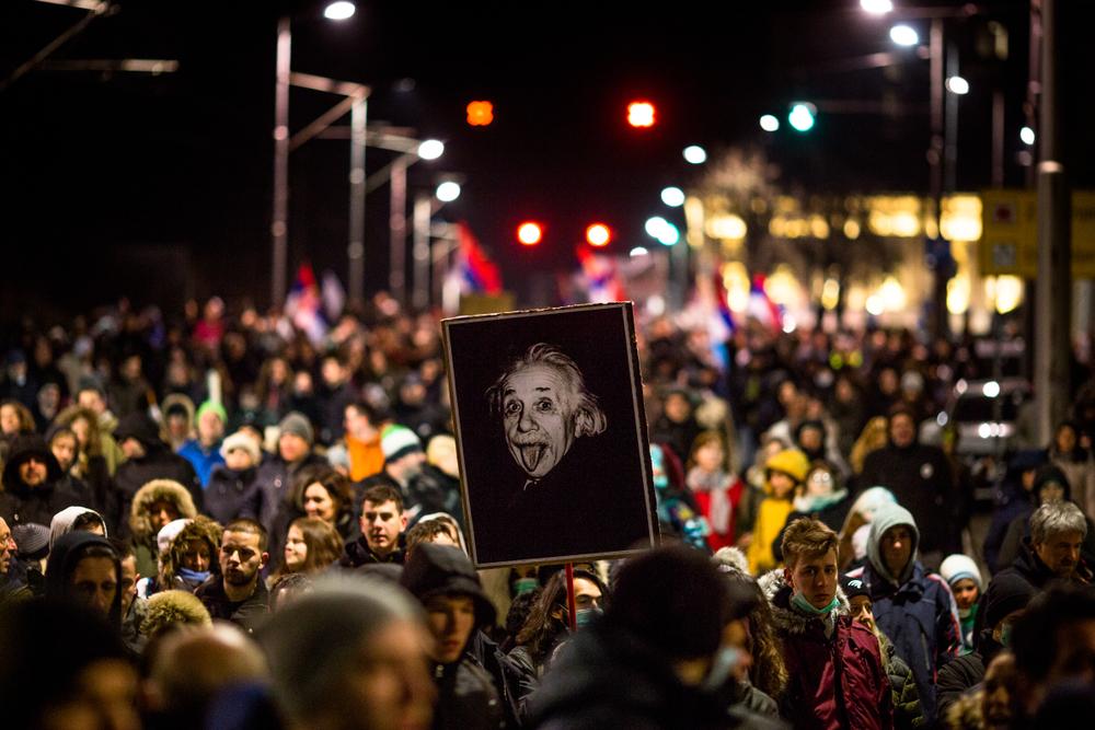 Proteste per le vie di Belgrado (foto © Lunja/Shutterstock)