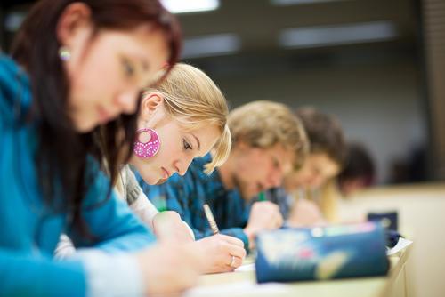 A scuola - shutterstock