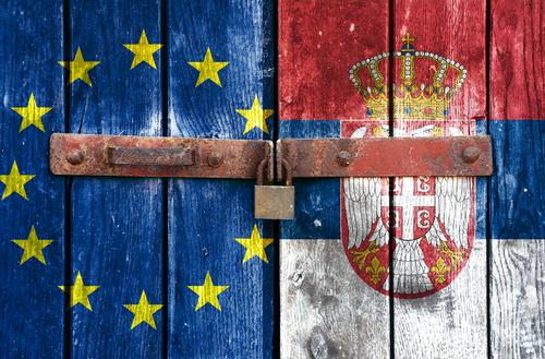 Serbia - UE  / Foto Shutterstock
