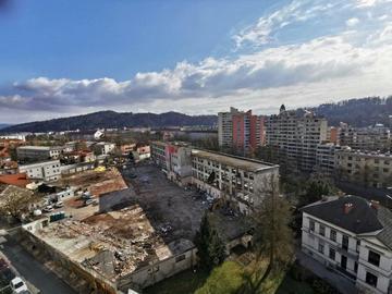 Una veduta sulle macerie a seguto della demolizione della Fabbrica Autonoma Rog - foto di Graziano Masperi