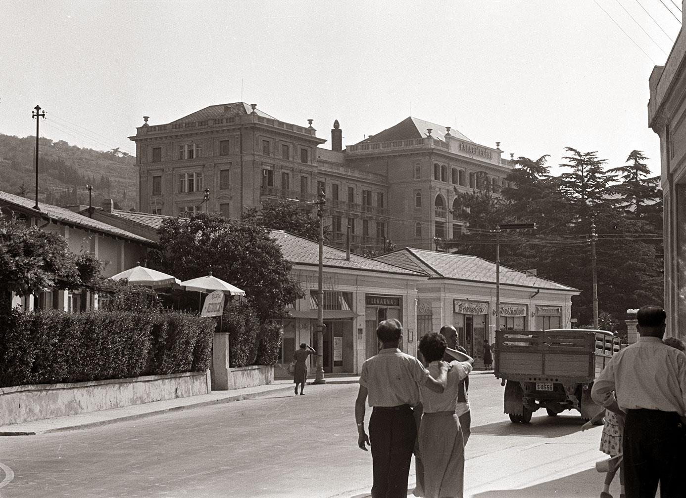 Hotel Palace, 1957, Portorose (Wikiwand)