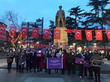 Proteste a Trebisonda, Kadın Cinayetlerini Durduracağız Platformu