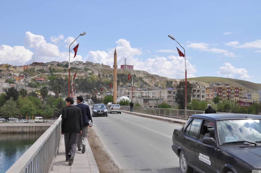 Il ponte sull'Eufrate a Birecik