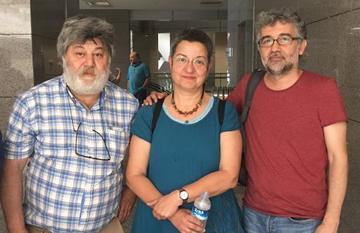 Ahmet Nesin, Şebnem Korur Fincancı, Erol Önderoğlu (foto Bianet)
