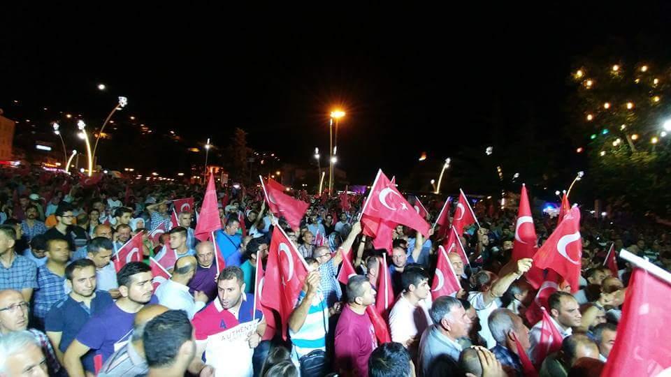 Proteste in piazza (foto wikimedia)